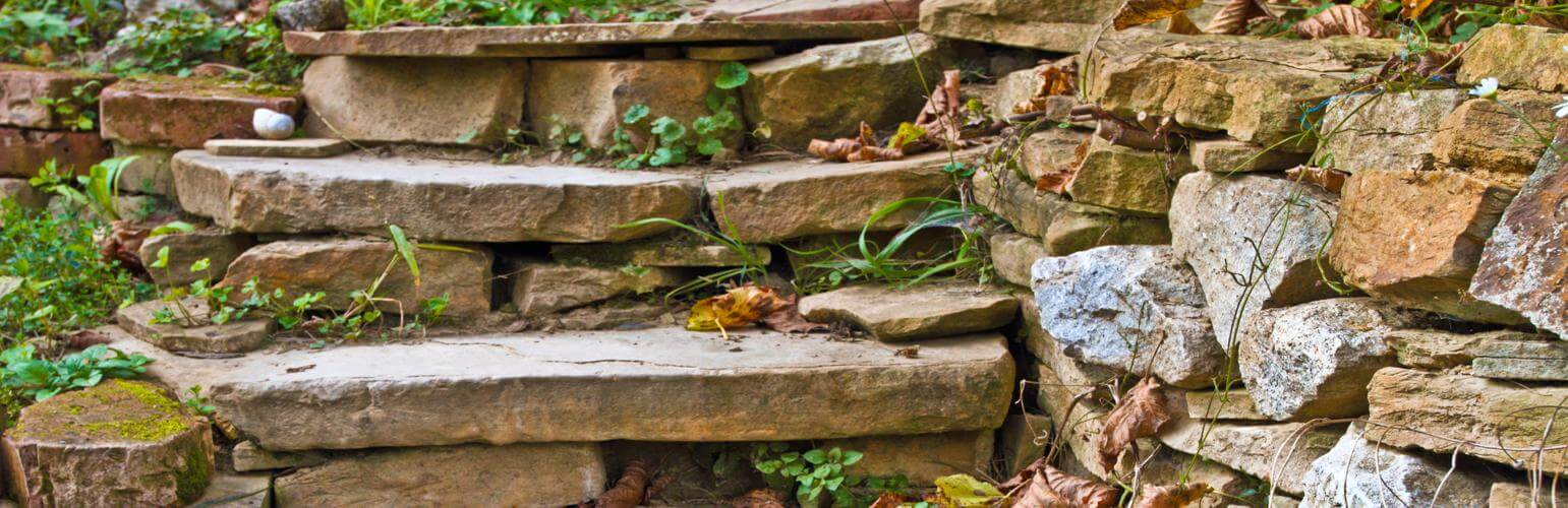 The 5 Best Hardscape Stones to Use In Your Landscape Design